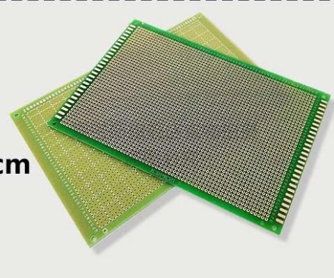 Board đục lỗ 18x12cm ( thủy tinh 1 mặt)